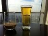 Drinks in der Bar im 94. Stock