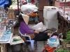 müde Marktfrau