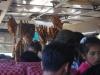 Spiessli-Verkaeufer im Bus